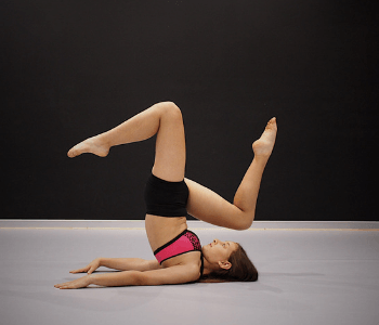 Contemporary dancer at Moves Dance Studio